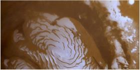 Capas de hielo subterráneo en Marte podrían cubrir el planeta con un océano de 1.5 metros