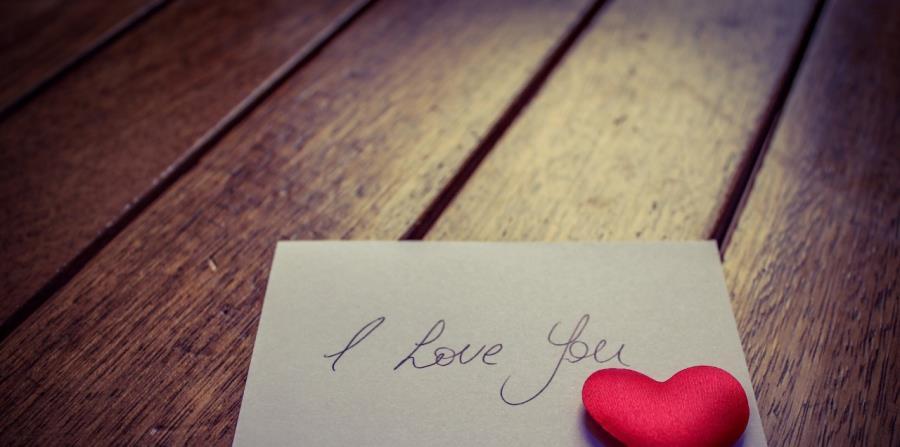 Una carta de amor pública causó polémica en España (horizontal-x3)
