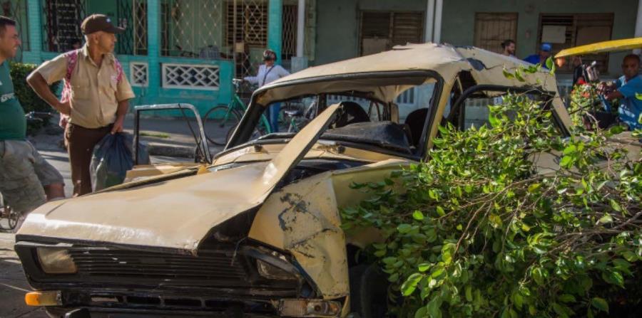 La mayoría de los accidentes más serios ocurren en las dos arterias que unen al país de oriente a occidente: la Autopista Nacional y la Carretera Central. (Agencia Cubana de Noticias) (horizontal-x3)