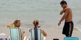 Florida busca frenar el uso de protectores solares dañinos para los corales