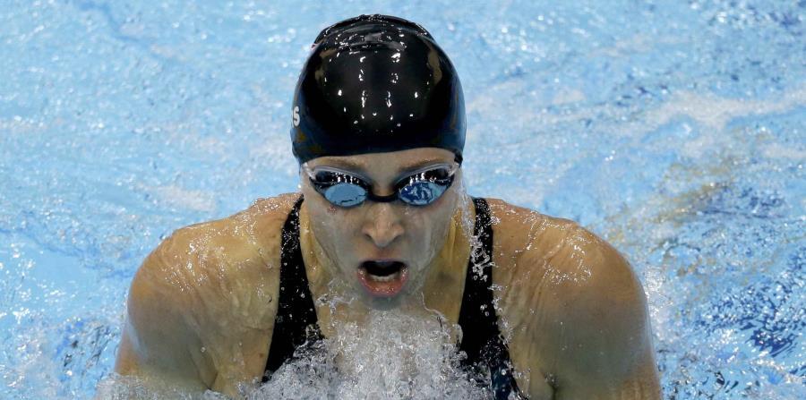 Esta foto del 30 de julio del 2012 muestra a la estadounidense Ariana Kukors compitiendo en los 200 metros en la categoría femenina individual en el Aquatics Centre en el Olympic Park, durante las Olimpiadas de Verano en Londres. (AP) (horizontal-x3)