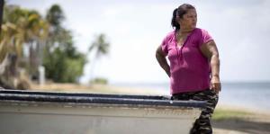 Miriam, la única pescadora de Patillas y su lucha tras el ciclón