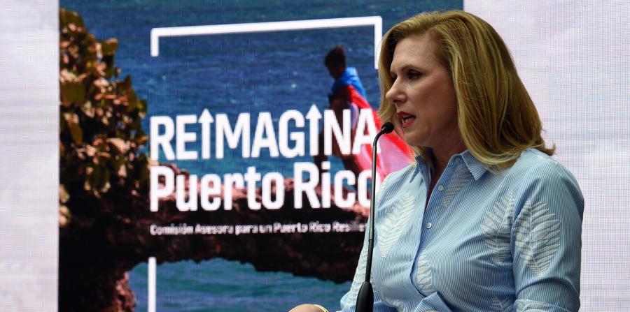 La Comisión Asesora para un Puerto Rico Resiliente presentó su informe en San Juan el pasado 20 de junio. En la foto, Malú Blázquez, directora ejecutiva del grupo. (horizontal-x3)