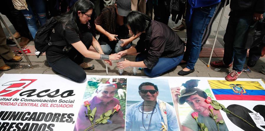 Los restos de Javier Ortega; Paúl Rivas, fotógrafo, y Efraín Segarra, conductor, serán repatriados este martes a su país (horizontal-x3)