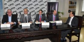 Se unen UPR y la Cámara de Comercio para promover el empresarismo