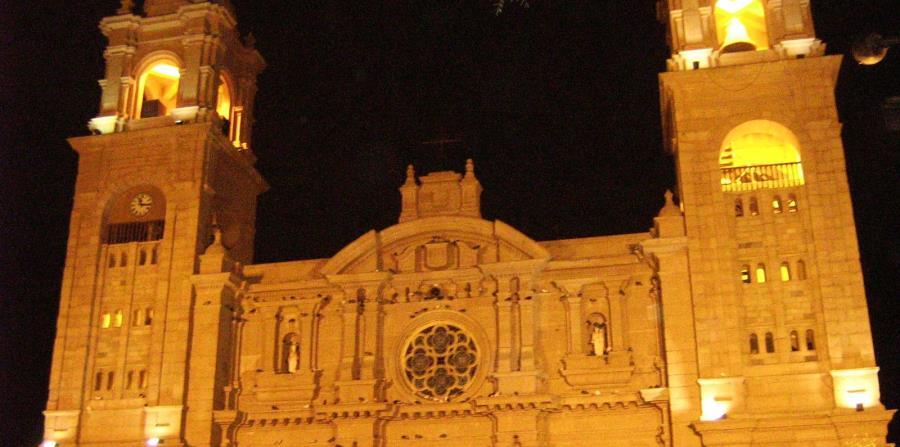 Catedral de Tacna, Perú