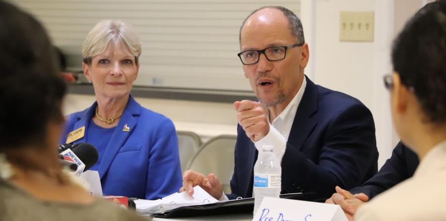 El presidente del Comité Nacional Demócrata, Tom Pérez, junta a la presidenta del Partido Demócrata de Florida, Terrie Rizzo (izq.). (Cortesía Partido Demócrata de Florida) (horizontal-x3)