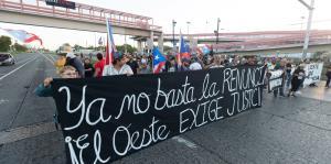 Un grupo de ciudadanos reclama en Mayagüez la renuncia del gobernador