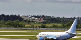 Estados Unidos limita la cantidad anual de vuelos chárter a Cuba