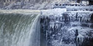 Cataratas del Niágara, un espectáculo de hielo
