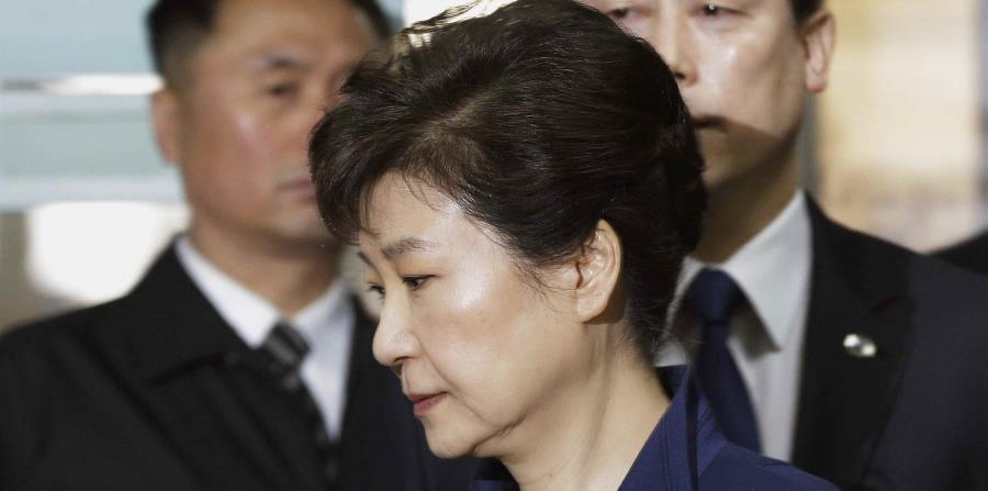 La expresidenta surcoreana no encuentra abogados que la defiendan (horizontal-x3)