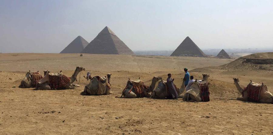 Hallan tumba más de 4,000 años en afueras de El Cairo (horizontal-x3)
