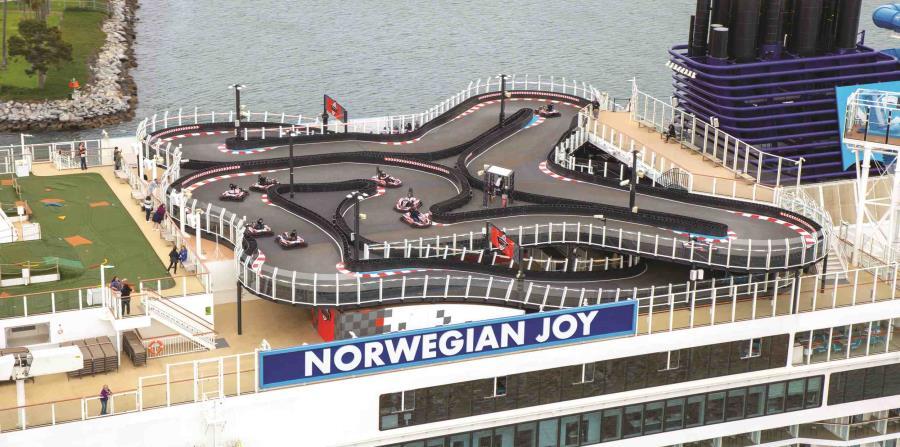 Vista aérea de la pista de go-karts del Norwegian Joy. (Suministrada)