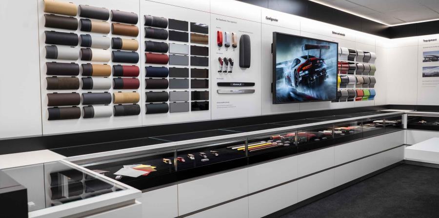 En este taller interno, ubicado dentro de las mismas instalaciones de Garage Europa Porsche Center, en la avenida Kennedy, los clientes ya pueden elegir desde la más completa gama de colores, texturas, acabados y detalles en su vehículo. (Suministrada)