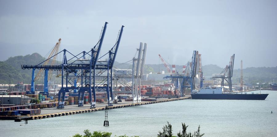 Bajo las normas federales de cabotaje, el transporte de carga entre los puertos de Estados Unidos y Puerto Rico tiene que hacerse en barcos de bandera, propiedad, matrícula y de tripulación estadounidenses. (GFR Media) (horizontal-x3)