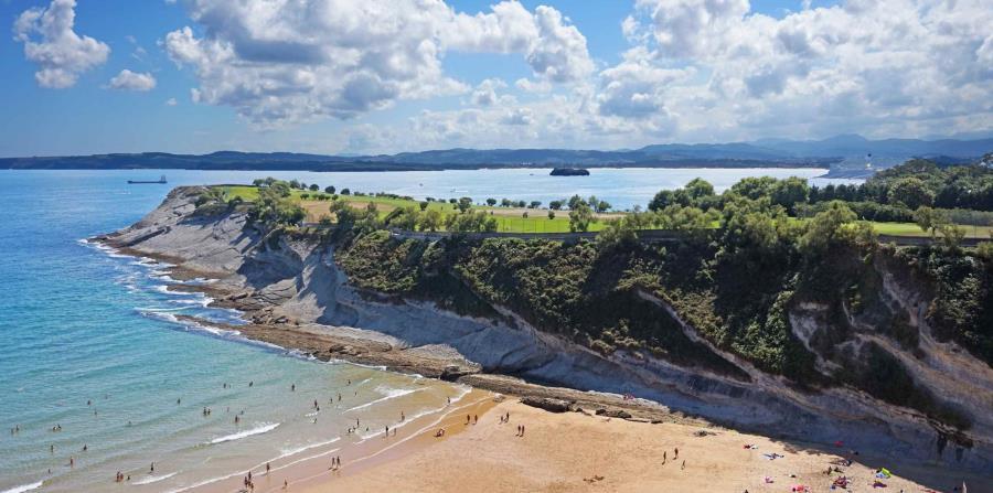 Este parque urbano de incomparable belleza natural se extiende sobre 20 hectáreas en la costa de Santander. (Suministrada)