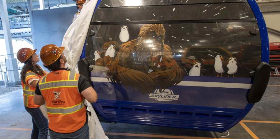 El diseño y la temática de las góndolas incluye personajes de Star Wars, justo a tiempo para la apertura de Star Wars Galaxy Edge. (Suministrada)