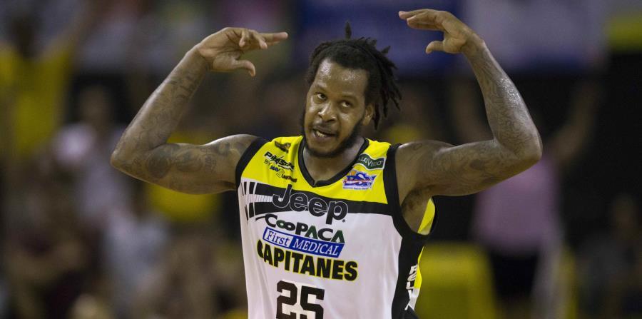 Davon Jefferson logró un doble-doble al acumular 24 puntos y 10 rebotes para encabezar la ofensiva de los Capitanes. (horizontal-x3)