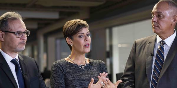 """María de Lourdes Santiago denuncia """"carpeteo"""" ante petición del comisionado electoral del PPD"""