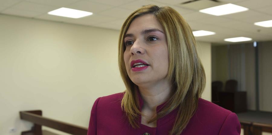 La presidenta Liza García Vélez suspendió la impresión de las papeletas modelo. (horizontal-x3)