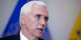 Demócratas critican a Mike Pence por recaudar fondos en plena crisis de coronavirus