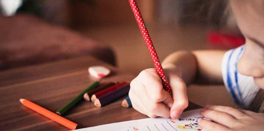 El 80% de los niños sin escolarizar viven en los 65 países asociados de la AME. (horizontal-x3)