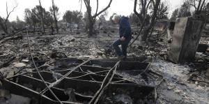 Gran destrucción en California por incontrolables incendios