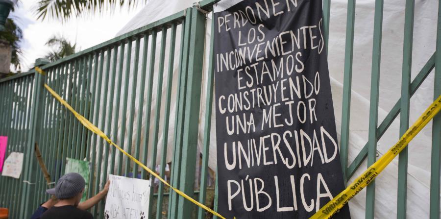 El borrador del plan fue divulgado hoy por la presidenta interina de la institución, Nivia Fernández, en una reunión con el caucus estudiantil (horizontal-x3)