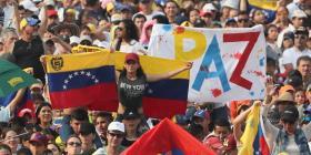 Guaidó llega a Colombia en medio de concierto por Venezuela