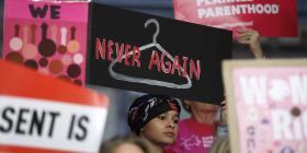 Disminuye a su nivel más bajo en casi 50 años la tasa de abortos en Estados Unidos