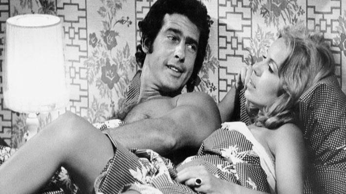 Andrés García y Johanna Rosaly en una escena de la telenovela Ámame, grabada en WAPA en 1979. (Archivo)