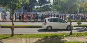 """Euforia por las audiciones de """"Guerreritos"""" provoca tapón en Guaynabo"""