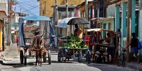 Un tercio de los hogares cubanos vive con $1 diario