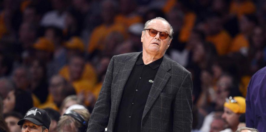 El actor estadounidense Jack Nicholson durante un partido de la NBA. (EFE) (horizontal-x3)