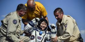 Tres astronautas regresan a la Tierra tras una misión espacial de 204 días