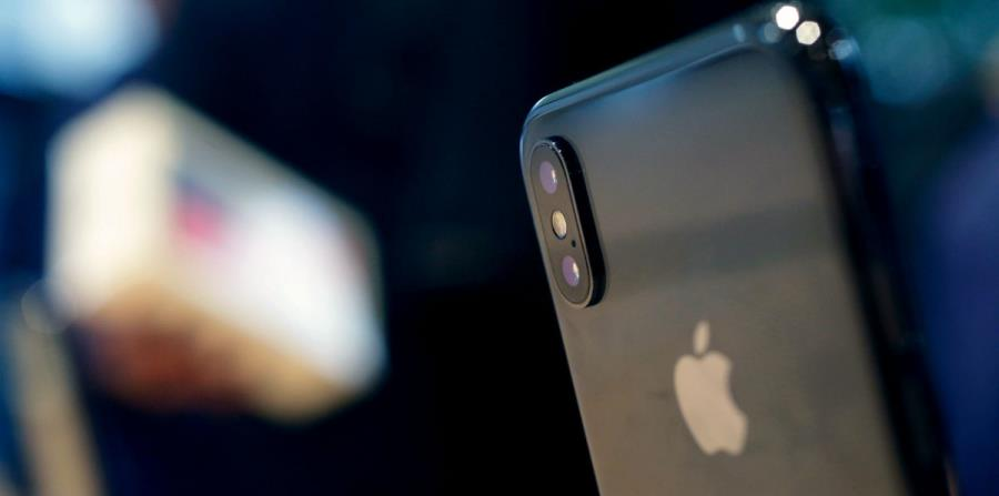Apple (horizontal-x3)