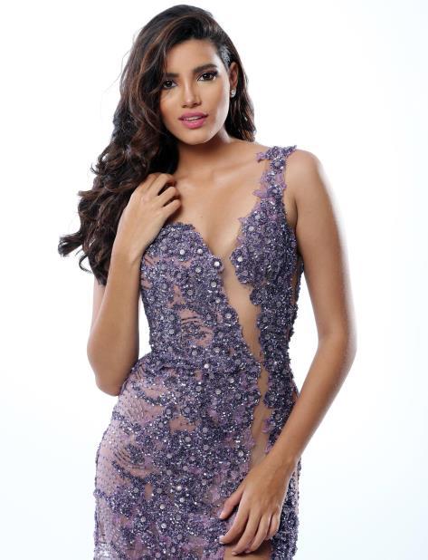 Stephanie del Valle no se va de Miss Mundo T2sdata56229445