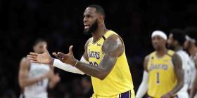 Los Lakers siguen entrenando, pero a través de internet