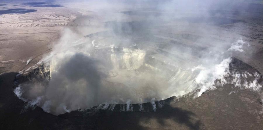 Imagen del cráter Halemaumau, ubicado en la cumbre del volcán Kilauea de Hawaii. (AP) (horizontal-x3)