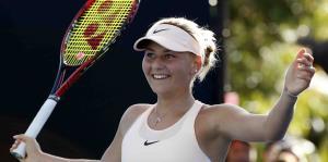 Una tenista de 15 años avanza a tercera ronda del Abierto de Australia
