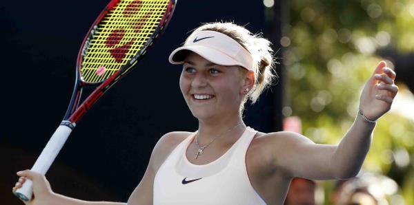 Tenista de 15 años avanza a la tercera ronda del Abierto de Australia