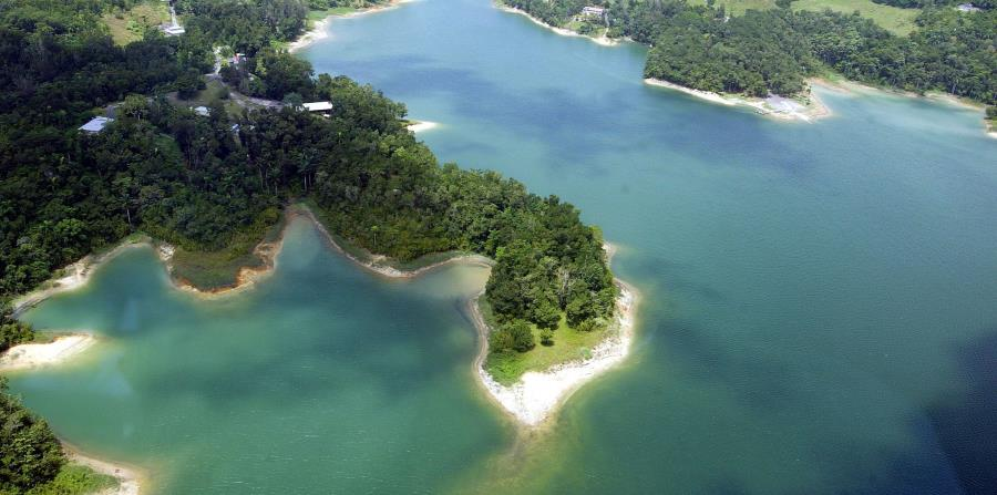 Vista del lago Guajataca. (horizontal-x3)