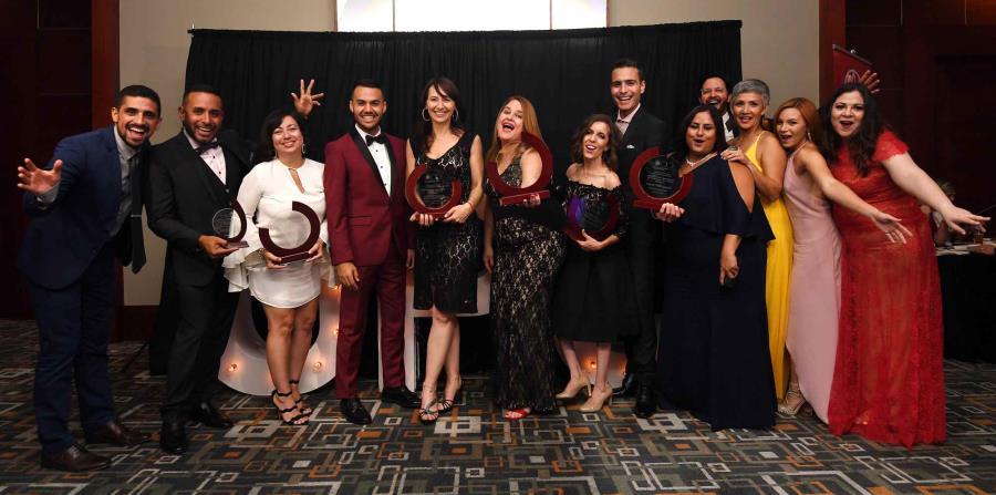 Reporteros y editores de GFR Media asistieron anoche a la gala anual de premiación del Overseas Press Club. (horizontal-x3)