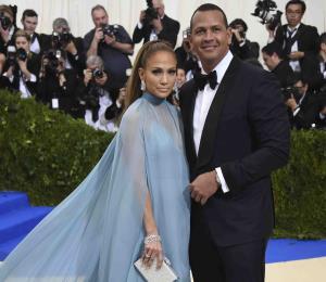 ¿Jennifer López y Alex Rodríguez invitarán a sus exparejas a su boda?
