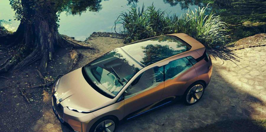 El BMW Vision iNEXT, proporciona una vista previa tangible de cómo se puede ver el BMW iNEXT.