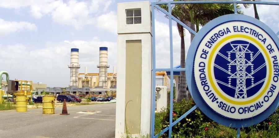Imagen de la entrada de la central Cambalache, en Arecibo. (GFR Media) (horizontal-x3)