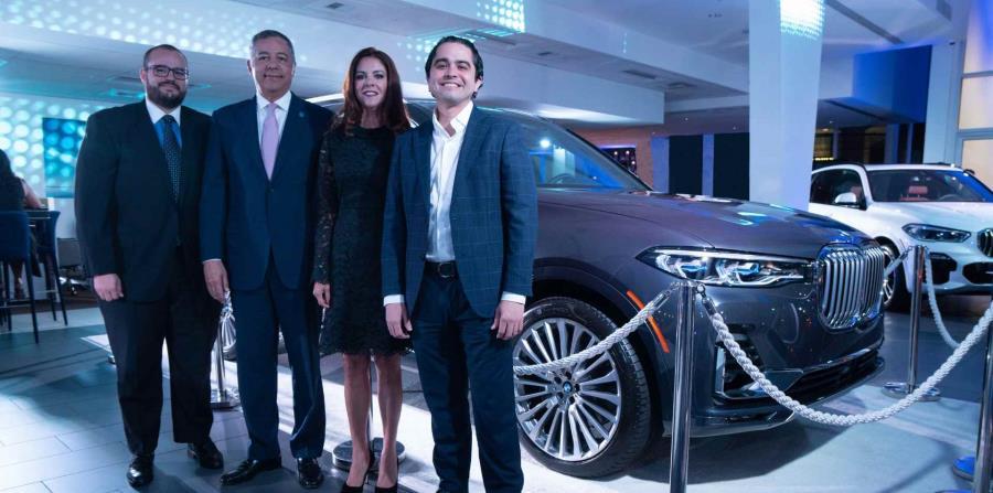 Enrique De La Cruz, gerente de ventas Autogermana BMW; Donald Guerrero, presidente Autogermana BMW; Marimer Martínez, gerente general Autogermana BMW; Miguel Cruz, gerente general de Servicio. (Suministrada)
