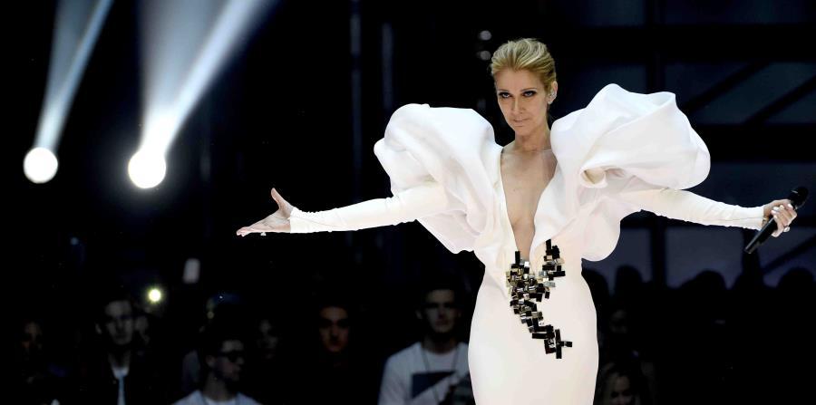 La artista canadiense, Céline Dion (horizontal-x3)