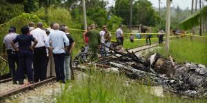 Luto en Cuba por accidente de avión
