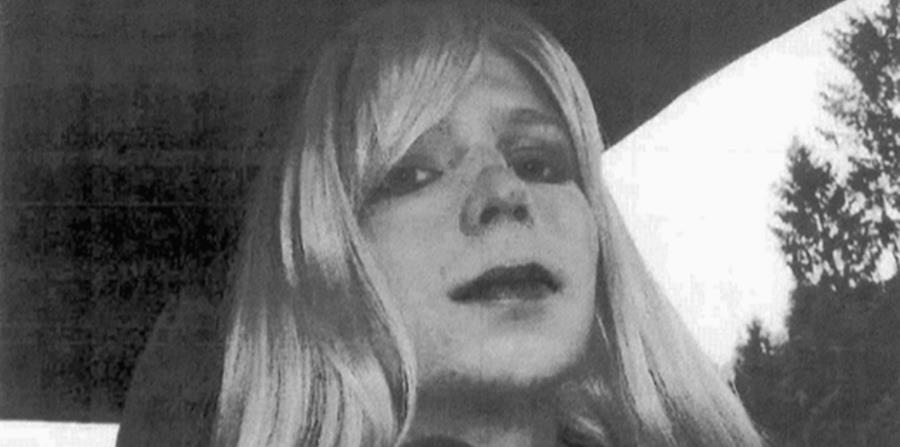Ya en libertad, Manning, de 29 años, seguirá formando parte del Ejército (horizontal-x3)